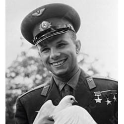 Юрий Гагарин космонавт и дипломат